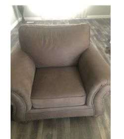 Set of sofa and chair for Sale in Salt Lake City,  UT