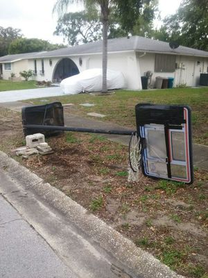 Basket Ball hoop for Sale in New Port Richey, FL