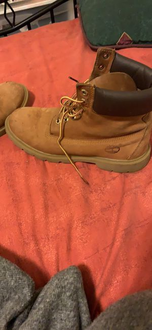Timberland boots size 9 for Sale in St. Louis, MO