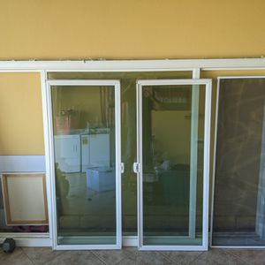 Home Window Double Pane With Insect Screen Almost New for Sale in Corona, CA