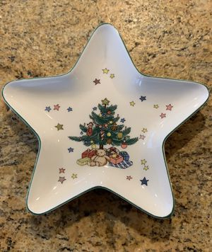 """6"""" Nikko Christmas Tray for Sale in Kent, WA"""