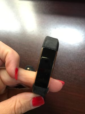 Fitbit Alta fitness tracker gold face (no charger) for Sale in Deerfield Beach, FL