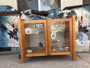"Cabinet 20"" heigh x 35"" wide x 20"" depth for Sale in Santa Ana, CA"