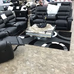 Black Sofa and Loveseat Recliner for Sale in Detroit,  MI