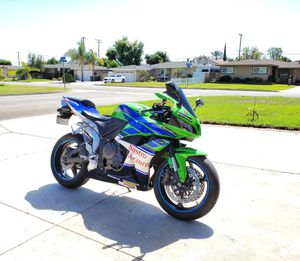 2007 Honda CBR600R (Brand NEW, Unique Color,Super FAST, Light, CHEAP!) for Sale in Garden Grove, CA