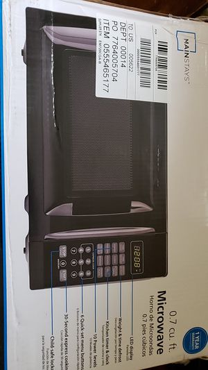 MainStays 0.7 cu ft. Microwave in box for Sale in Boca Raton, FL