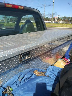 Full size tool box with keys. for Sale in Dothan, AL