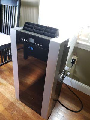 Whynter 14k btu portable air conditioner for Sale in Brockton, MA