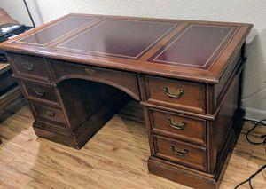 High end Sligh Executive solid wood desk for Sale in Atlanta, GA