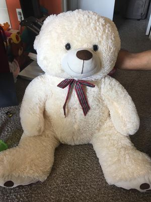 Big teddy bear for Sale in Irving, TX