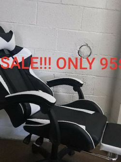 Gaming Chair Sale White ONLY 95$! (Was $190) for Sale in South El Monte,  CA