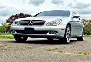 THE BEST PRICE 2OO6 Mercedes-Benz CLS 500 for Sale in Franklin, TN