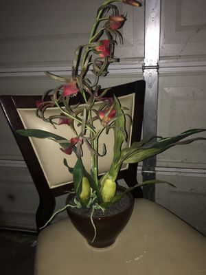 Orchid flower arrangement silk fake flowers vase for Sale in Rancho Cucamonga, CA