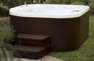 Sierra DLX 5 person 22 Jet Plug and Play Hot Tub w/ Waterfall for Sale in Redlands, CA
