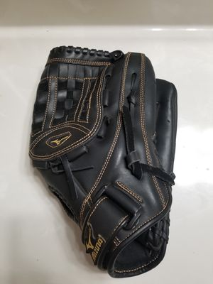 "Mizuno GSH 1301 Softball Glove 13"" Shadow Professional Model for Sale in Long Beach, CA"