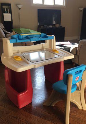 Step 2 kids desk chair set for Sale in Des Plaines, IL
