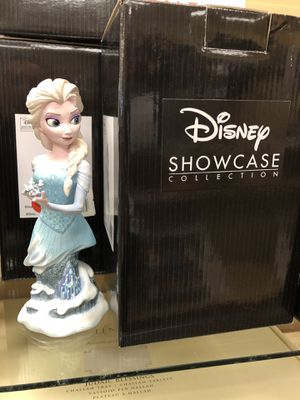 NIB Disney's Showcase Collection Elsa From Frozen - Enesco Grand Jester for Sale in Centreville, VA