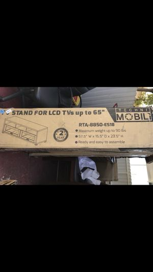 TV stand for LCD up 65 for Sale in Hialeah, FL
