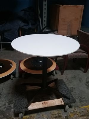 Round tables new .... white top black base for Sale in Bel Air, MD