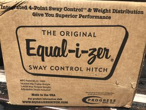 Sway control hitch brand new for Sale in Naples, FL