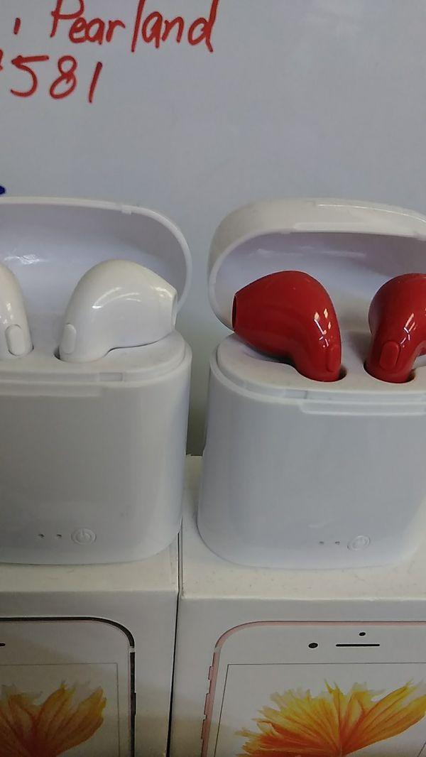 Wireless headphones i7 new