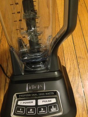 Ninja Professional blender 1500 watts for Sale in Chicago, IL