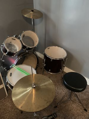Drum set for Sale in Martins Ferry, OH