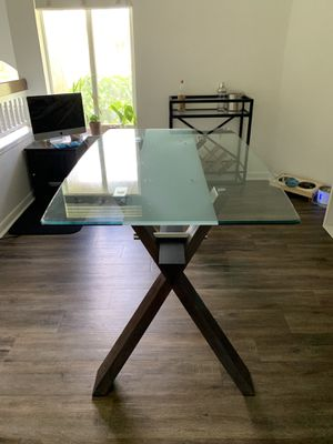 Glass Wood Modern Dining Room Table for Sale in Boca Raton, FL
