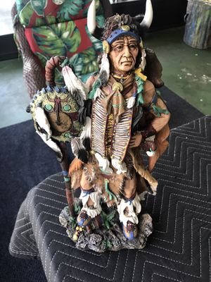 """Native american statue by Collections Etc. Very good condition no chips. Approximately 17"""" x 8"""" for Sale in Bradenton, FL"""