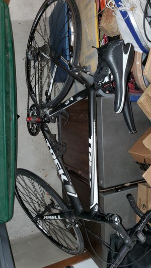 Trek road bike for Sale in Round Rock, TX