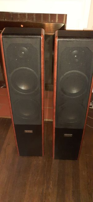 SKYLINE - Speakers for Sale in North Chesterfield, VA