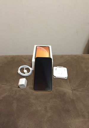 iPhone XR yellow unlocked for Sale in Westminster, MD