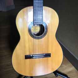Aria A588 Classical Guitar for Sale in Portland,  OR