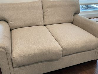 Comfy Couch! for Sale in San Diego,  CA