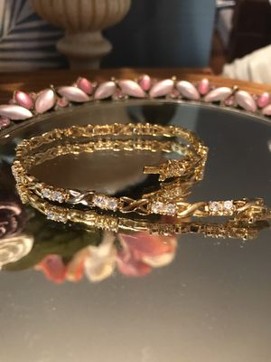 Just Gorgeous!!! Gold Bracelet with Diamond White Sapphires for Sale in Gainesville, VA