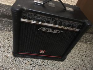 Small peavey guitar amp amplifier for Sale in Queens, NY