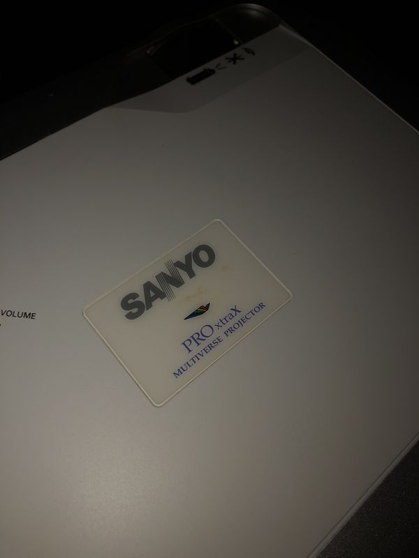 SANYO Video Projector