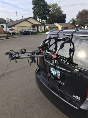 Yakima Trunk Mount Bike Rack - Holds 3 Bikes - Great Condition for Sale in Hillsboro, OR