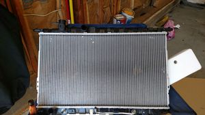 05 Hyundai Sonata Radiator for Sale in Clinton, MD