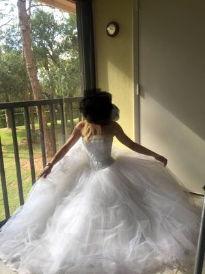 Wedding dress (David's Bridal) size 0-4 for Sale in Hollywood, FL