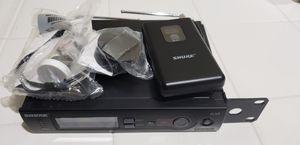 Shure Slx4 receiver, Slx1 Belt pack , shure wl 93 for Sale in LAKE MATHEWS, CA