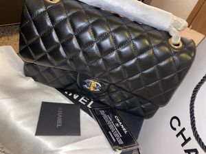Chanel classic medium flap bag for Sale in Coon Rapids, MN