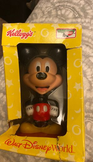 (Kellogg's) WALT DISNEY WORLD MICKEY MOUSE BOBBLE HEAD ~Vintage collectible for Sale in Auburn, WA