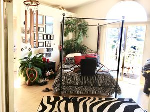 Furniture / Metal bed frame for Sale in Spring Valley, CA