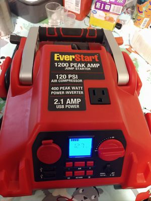 Everstart max jump starter for Sale in Lowell, AR