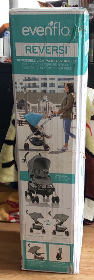 Evenflo Urbini lightweight stroller for Sale in Philadelphia, PA