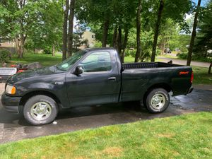 Ford F-150 XL 2000 for Sale in Cheshire, CT