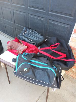 4 duffle bags for 1 price for Sale in Corona, CA
