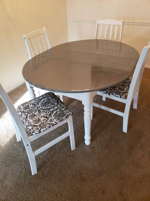 Dining table and chairs for Sale in New Port Richey, FL