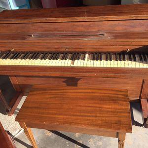Piano for Sale in Crewe, VA
